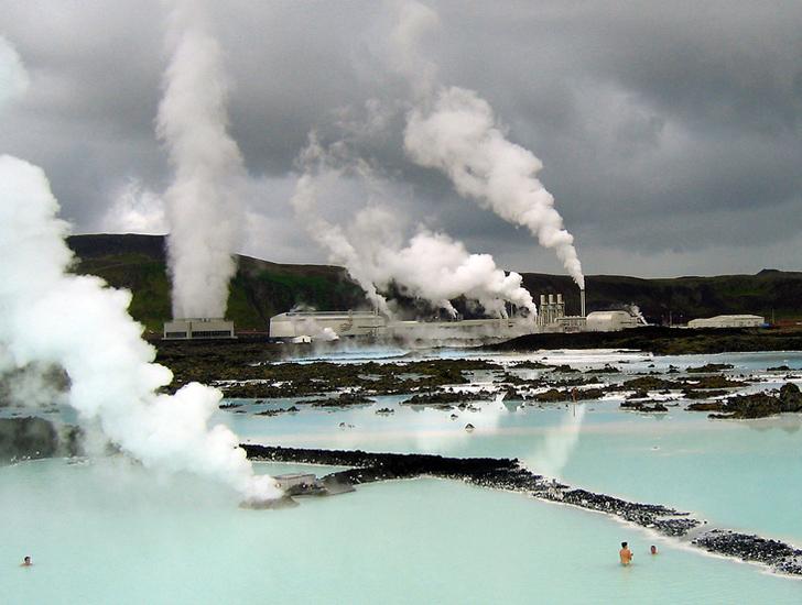 iceland-blue-lagoon-geothermal-spa